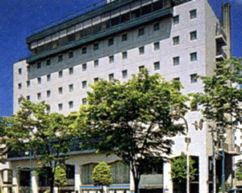 ホテルパールシティ秋田 竿燈大通りの外観