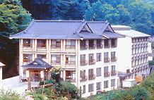 奥鬼怒温泉ホテル加仁湯の外観