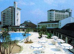 四季の湯温泉 ホテルヘリテイジの外観