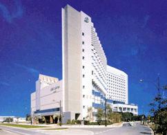 ホテルスプリングス幕張の外観