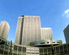 京王プラザホテルの外観