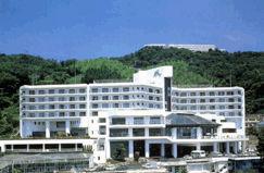 ホテル カターラリゾート&スパの外観