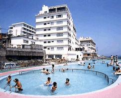 稲取東海ホテル湯苑の外観