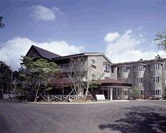ホテル山水荘の外観