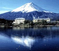 富士レークホテルの外観