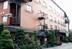 ホテル山楽の外観