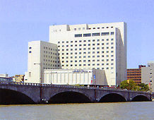 ホテルオークラ新潟の外観