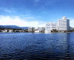 佐渡加茂湖温泉 湖畔の宿吉田家の外観
