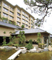 ホテル八木の外観
