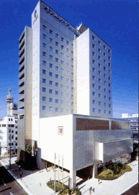 サイプレスガーデンホテルの外観