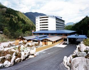 奥飛騨ガーデンホテル焼岳の外観