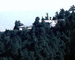 延暦寺会館の外観