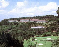 メナード青山リゾートの外観