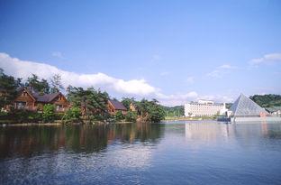 青山ガーデンリゾート ホテル ローザブランカの外観