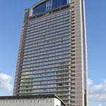 ホテル京阪 ユニバーサル・タワーの外観