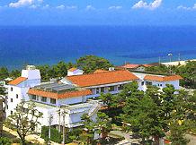 国民宿舎慶野松原荘の外観