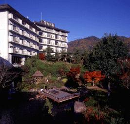 ホテル賀茂川荘の外観