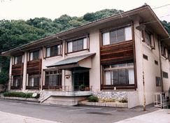 岩国国際観光ホテル開花亭の外観