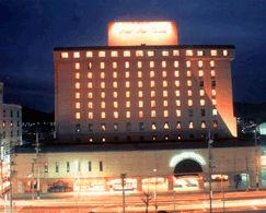 ホテルニュータナカの外観
