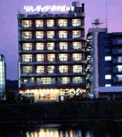 リバーサイドホテル松栄の外観
