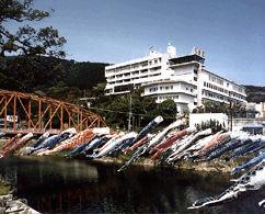 ホテル龍登園の外観