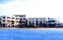 旅館魚半の外観
