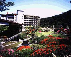 雲仙宮崎旅館の外観