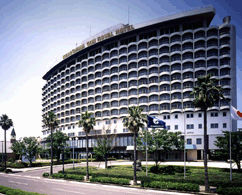 鹿児島サンロイヤルホテルの外観