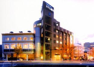 アクアガーデンホテル福丸の外観