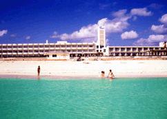 イーフビーチホテルの外観