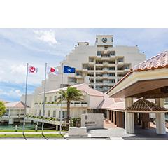 シェラトン沖縄サンマリーナリゾートの外観